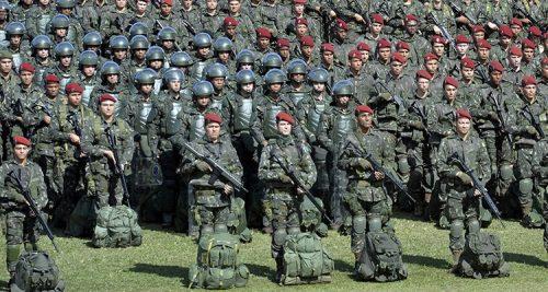 FORÇAS ARMADAS REÚNEM 1.685 VAGAS ABERTAS EM CONCURSOS