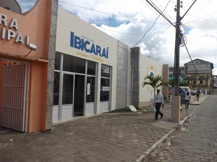 IBICARAÍ: PREFEITURA PAGA SALÁRIOS DE JANEIRO