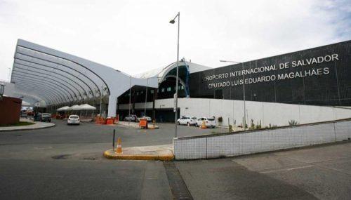 PASSAGEIROS RECLAMAM DE MAU FUNCIONAMENTO DE FINGERS NO AEROPORTO
