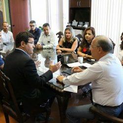 POLÍTICOS BUSCAM MELHORIAS E INVESTIMENTOS PARA GUANAMBI