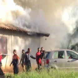 BASE DE OPERAÇÕES DOS BOMBEIROS EM BRUMADINHO É ATINGIDA POR INCÊNDIO