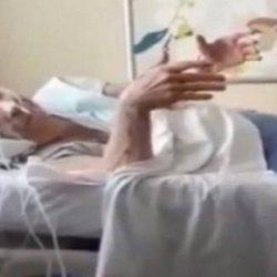 APÓS REDUÇÃO DE VISITAS, BETH CARVALHO RECEBE RODA DE SAMBA EM HOSPITAL