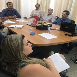 PREFEITURA DE RIO REAL DISCUTE CRIAÇÃO DO PLANO MUNICIPAL DE SANEAMENTO BÁSICO
