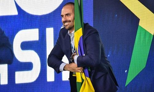 CONSELHO DECIDE ARQUIVAR PROCESSO CONTRA EDUARDO BOLSONARO