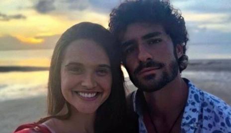 JULIANA PAIVA E ATOR PORTUGUÊS NÃO SE DESGRUDAM E LEVANTAM RUMORES DE ROMANCE