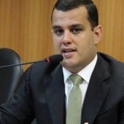 DEPUTADO DA BASE DE RUI COSTA CRITICA ATUAÇÃO DA EMBASA