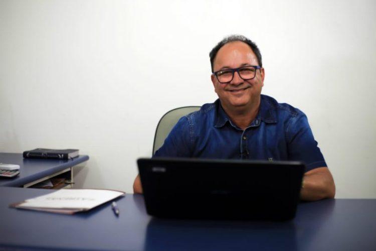 ITAPÉ: PREFEITO NAELITON PAGA NOVO PISO E REAJUSTA PROFESSORES ...