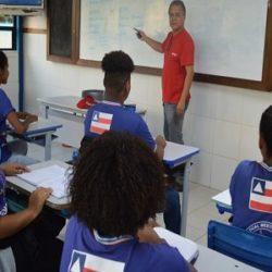 CAI NÚMERO DE MATRÍCULAS NO ENSINO MÉDIO BRASILEIRO