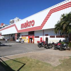 GRUPO CARREFOUR COMPRA A REDE MAKRO, INCLUSIVE AS LOJAS DE SALVADOR