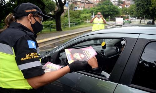 TRANSALVADOR INICIA BLITZ NO DIQUE COM FOCO NA UTILIZAÇÃO DE MÁSCARAS