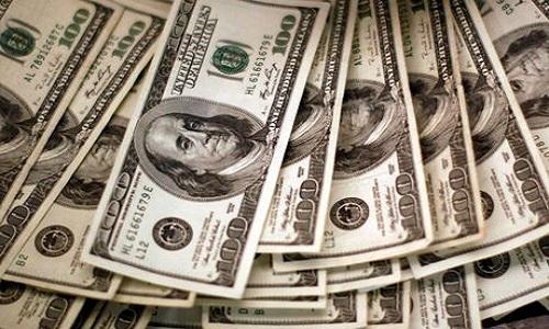 AUXÍLIO DE R$ 400: BOLSA CAI E DÓLAR CHEGA A QUASE R$ 6,00