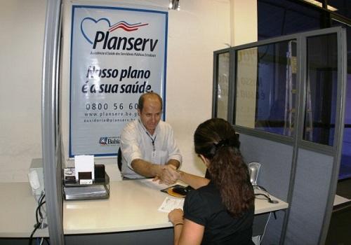 PLANSERV IMPLANTA CENTRAL DE ATENDIMENTO SOBRE COVID-19