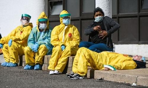 CORONAVIRUS: BRASIL TEM 674 NOVAS MORTES EM 24 HORAS