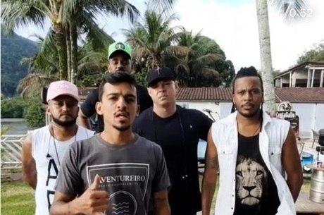 GRUPO DE PAGODE TEM LIVE INVADIDA POR POLÍCIA