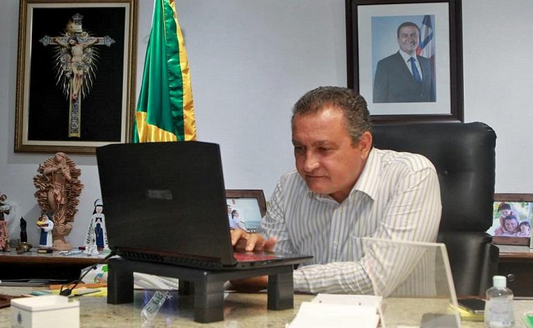 RUI COSTA DESAPROVA COMPETIÇÃO DE CLÍNICAS PARTICULARES POR VACINA