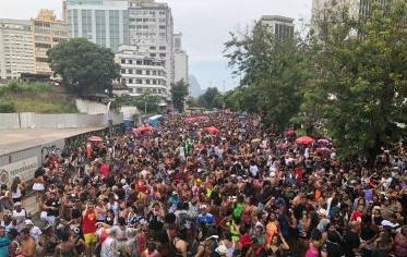 CARNAVAL FORA DE ÉPOCA É OFICIALIZADO NO RIO