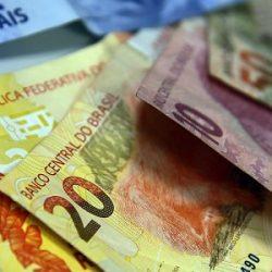 GOVERNO PROJETA SUPERÁVIT DE US$ 53 BI EM 2021