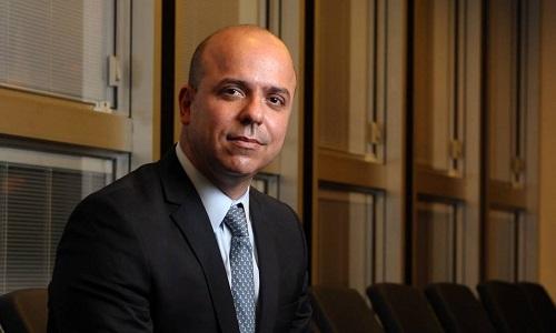 """""""O governo está trabalhando intensamente para apoiar nossas micro e pequenas empresas. Já estamos trabalhando em um nova tranche [rodada] do Pronampe"""". ----------------------------------------------------Secretário especial de Produtividade, Emprego e Competitividade do Ministério da Economia, Carlos da Costa."""