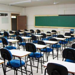 IMPASSE CONTINUA: TRABALHADORES DA EDUCAÇÃO MUNICIPAL DECIDEM MANTER ESTADO DE GREVE