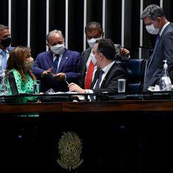 AUXÍLIO E REGRAS FISCAIS DEVEM TER DEBATES SEPARADOS