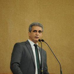 ENTREVISTA - DEPUTADO ESTADUAL ROBINSON ALMEIDA