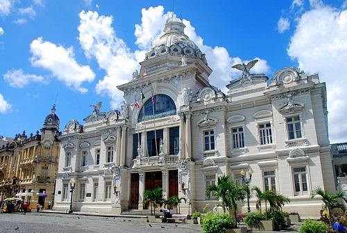 LICITAÇÃO PARA TRANSFORMAR PALÁCIO RIO BRANCO EM HOTEL DEVE SER DIVULGADA NOS PRÓXIMOS DIAS