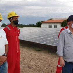 USINA SOLAR É INAUGURADA EM FAZENDA ESCOLA MODELO
