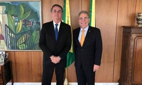QUEIROGA PREPARA PARECER PARA DESOBRIGAR USO DE MÁSCARA EM VACINADOS