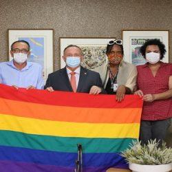 PRESIDENTE DA ALBA RECEBE MOVIMENTO QUE QUER PUNIR PRÁTICA DE LGBTFOBIA POR PESSOAS JURÍDICAS