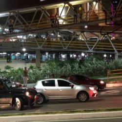TROCA DE TIROS NA REGIÃO DO SALVADOR SHOPPING DEIXA HOMEM FERIDO